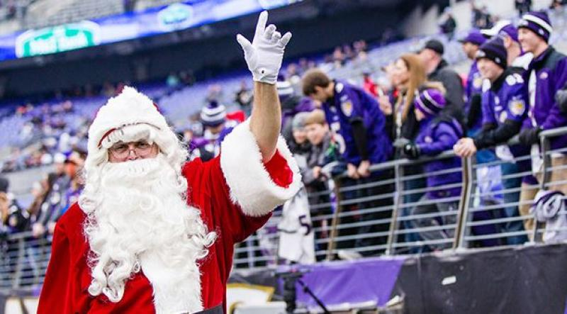 WWE, Wrestling, NFL, Christmas Day,